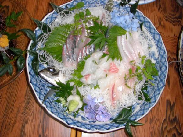 アジの刺身大皿