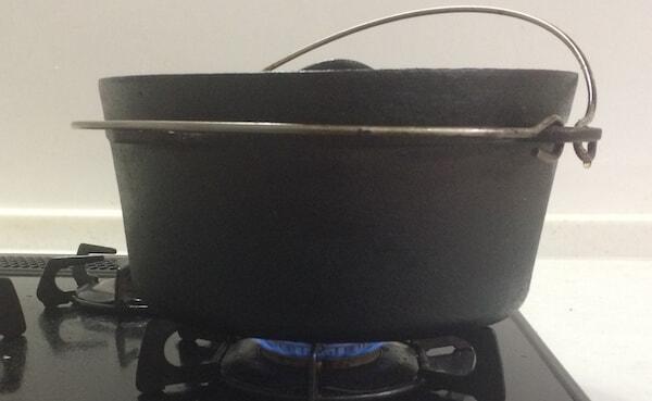 ガスコンロにダッチオーブン